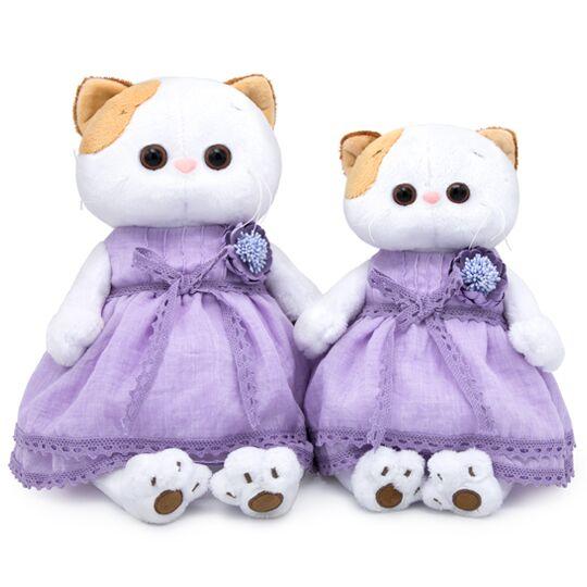 Li-Li in einem Lavendelkleid