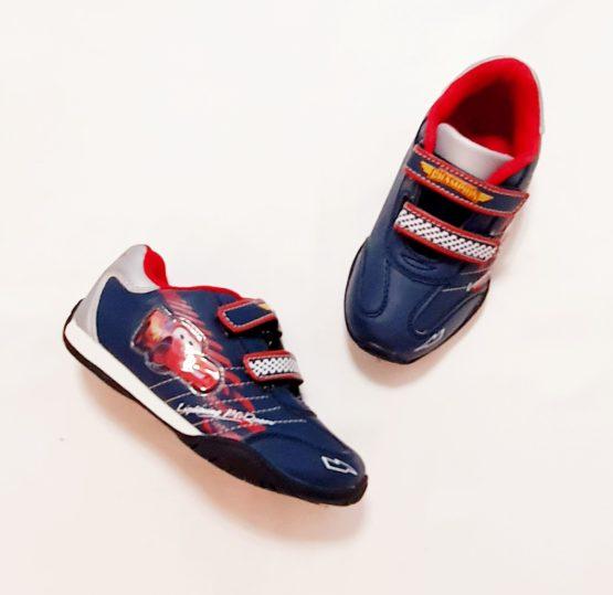 Sneakers with velcro – McQueen
